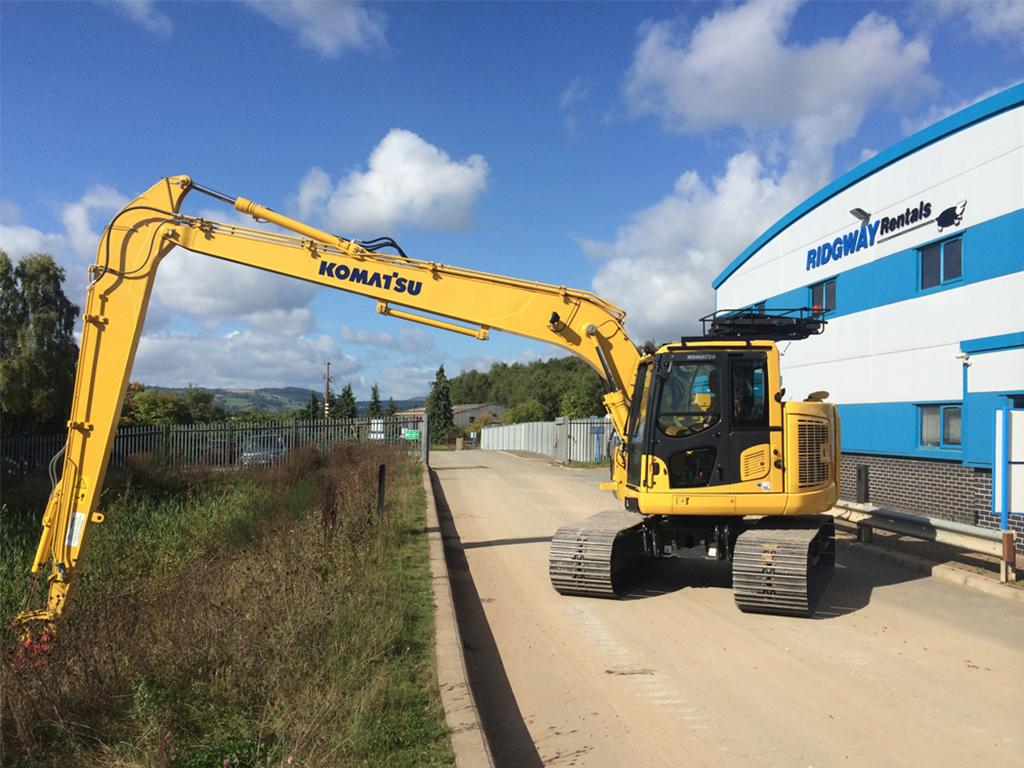 12m long reach excavator hire zero swing