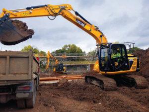 JCB JS130 Excavator Hire b