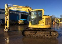 komatsu 138 zero tail swing 13 ton excavator - right