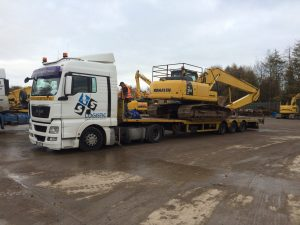 Komatsu 210 long reach sold to Poland