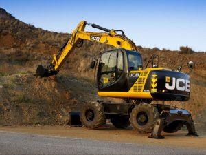 15 Ton Wheeled Excavator Hire