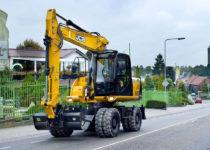 14 Ton Wheeled Excavator Hire JCB JS145W
