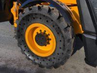 JCB 560 80 Wastemaster short wheel base