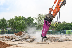 Hydraulic Breaker in action 1
