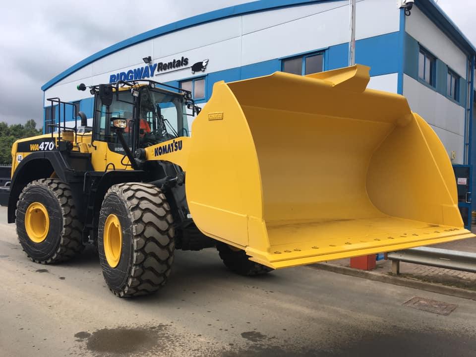 wa470 loading shovel
