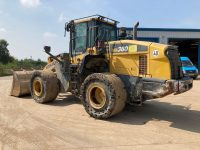 WA380 wheel loader for sale H62405 side view
