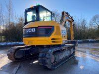 JCB 85 Z 1 8 Ton Midi Digger rear view 1088