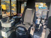 D61PX 40547 adjustable seat