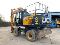 JCB JS200W Duck For Sale 3943 boxing ring