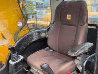 JS130 3724 cab