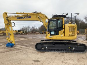 New Komatsu PC228LC Excavator New Stage V Digger & Dumper Hire